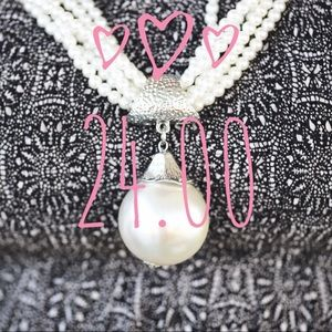 Brand New! Elegant pearl necklace!